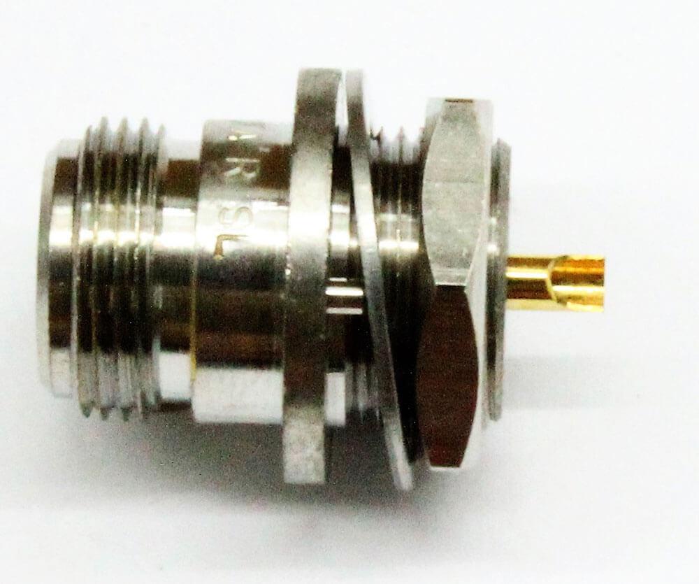 Conector coaxial n