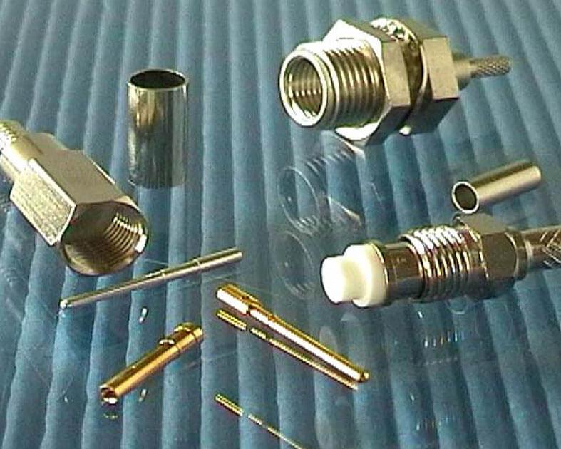 Conector coaxial FME